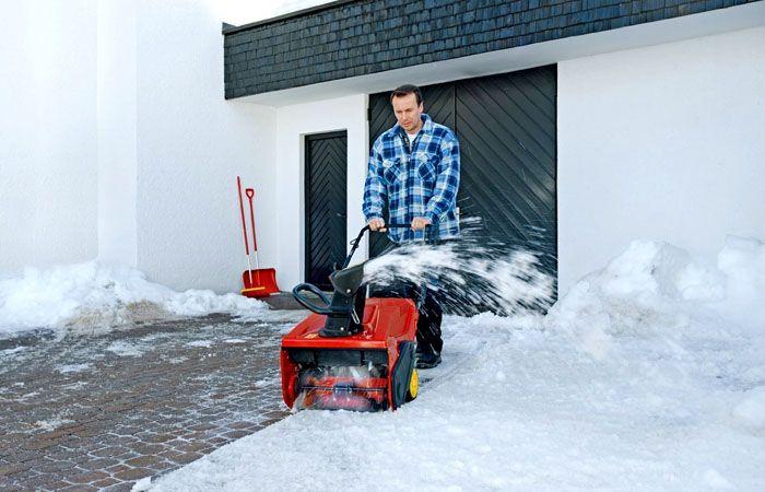 Удобная снегоуборочная техника для дачи